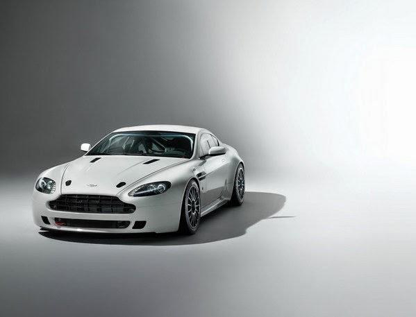 2014 New Aston Martin Vantage GT4 Review