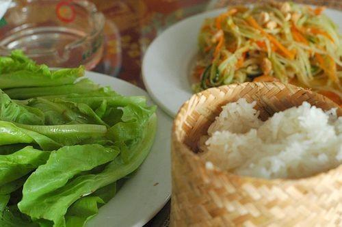 5 món ăn nhát định phải thử khi du lịch Lào