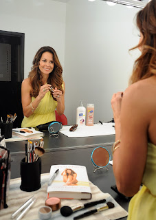brooke Burke in a mirror