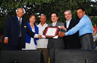 Feria del Libro de Haina reconoce a Hipólito Mejía, Tony Raful y Manuel del Cabral por su contribución a la cultura