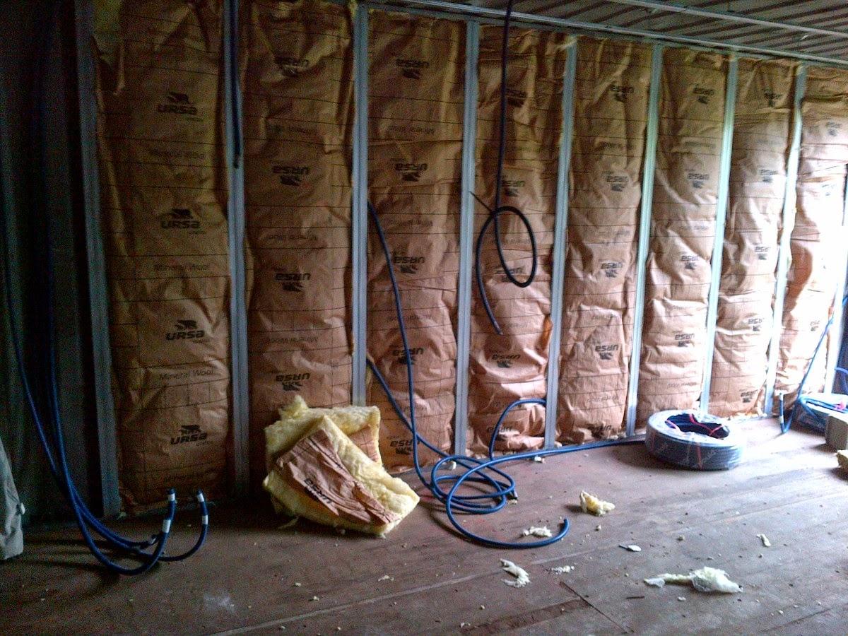 maison container 2014 comment reconstruire rapidement un village. Black Bedroom Furniture Sets. Home Design Ideas