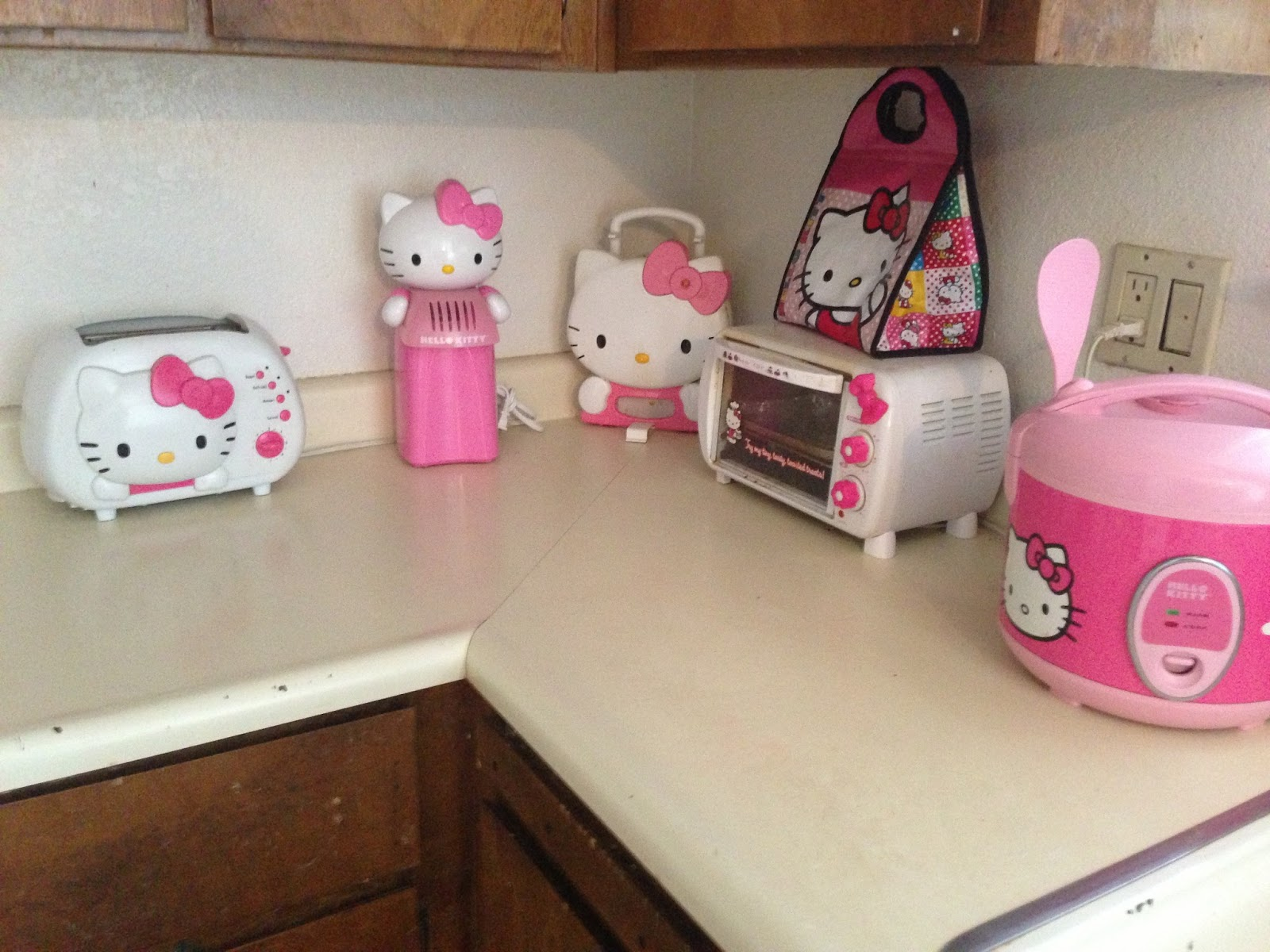 Not Blessed Mama: I Have A Hello Kitty Kitchen