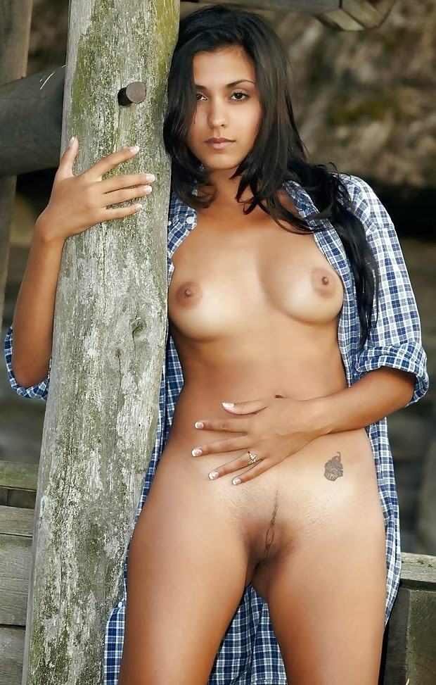 nude indian girl in water