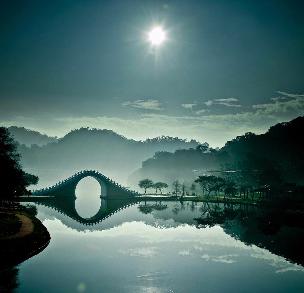 جسر القمر