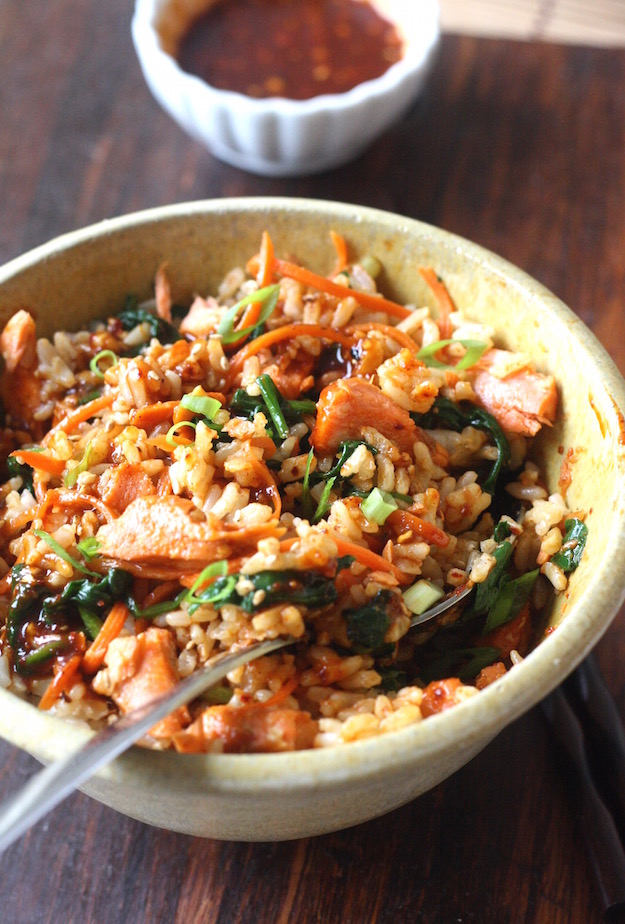 Salmon Bibimbap with Brown Rice by SeasonWithSpice.com