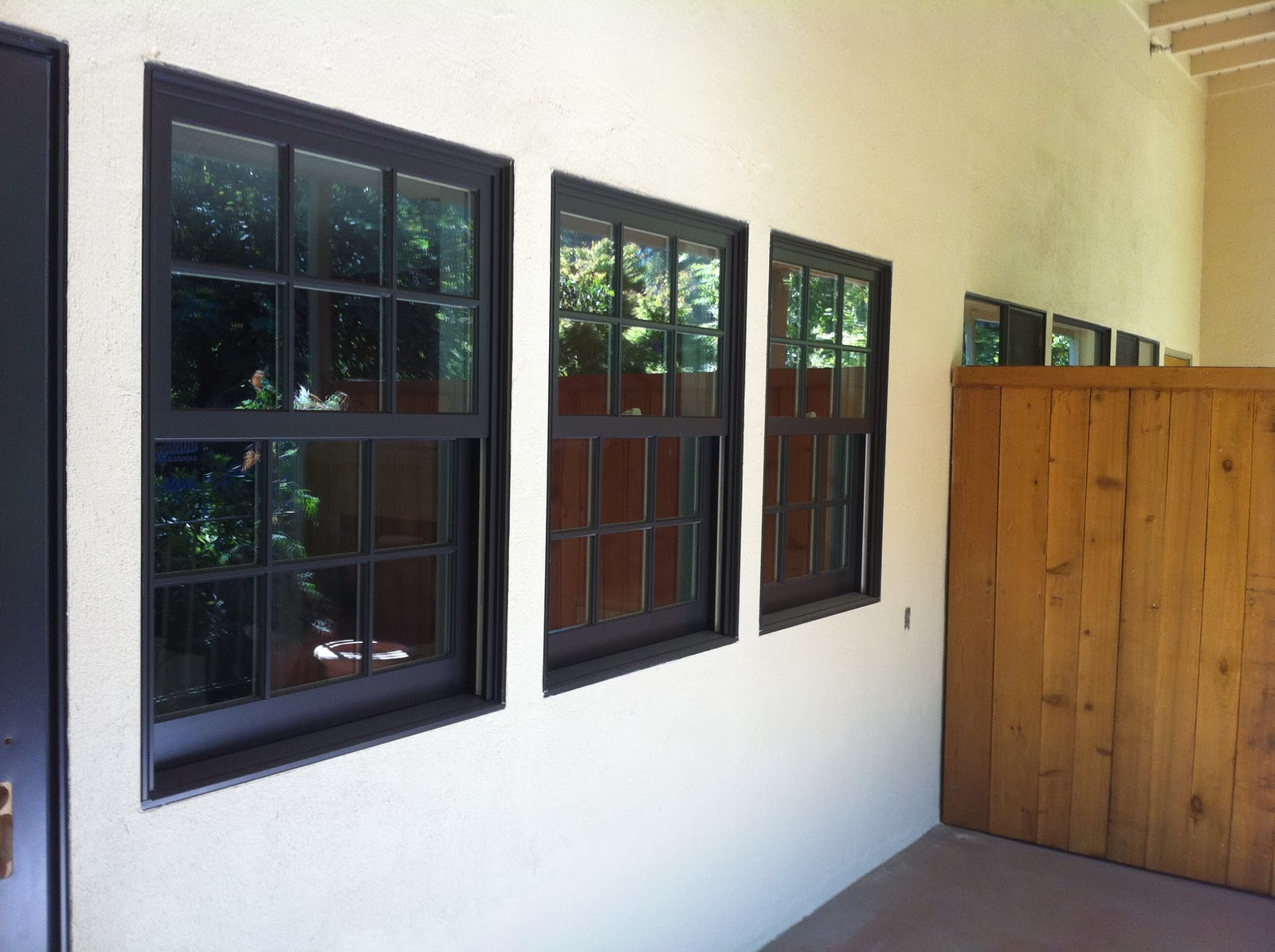 Marvin windows and doors commercial project in san rafael for Marvin transom windows