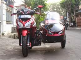 foto modifikasi motor honda vario pgm fi side car