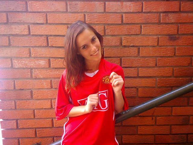 Bosnian Manchester United girl