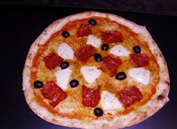PIZZA DEL MESE         SILANA