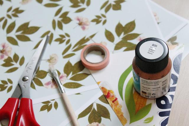 DIY Wimpelkette mit goldenen geometrischen Akzenten