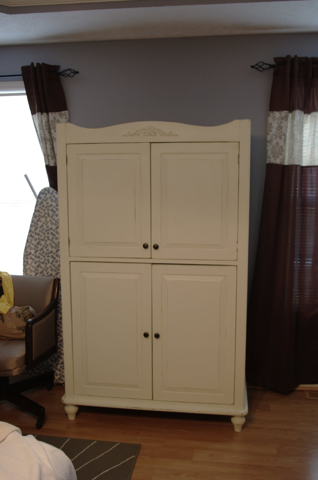 carla 39 s crafty creations sewing armoire part 2. Black Bedroom Furniture Sets. Home Design Ideas