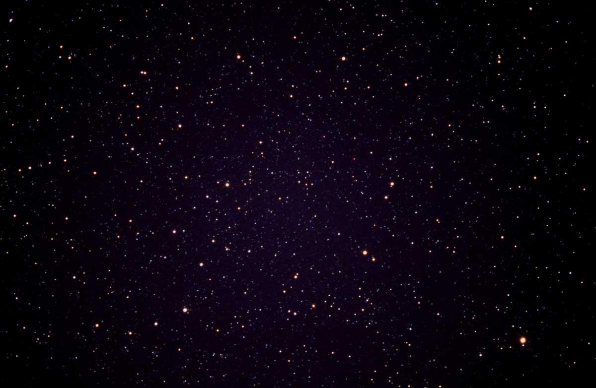 Gleich neben das fenster ist kann ich nachts die sterne angucken