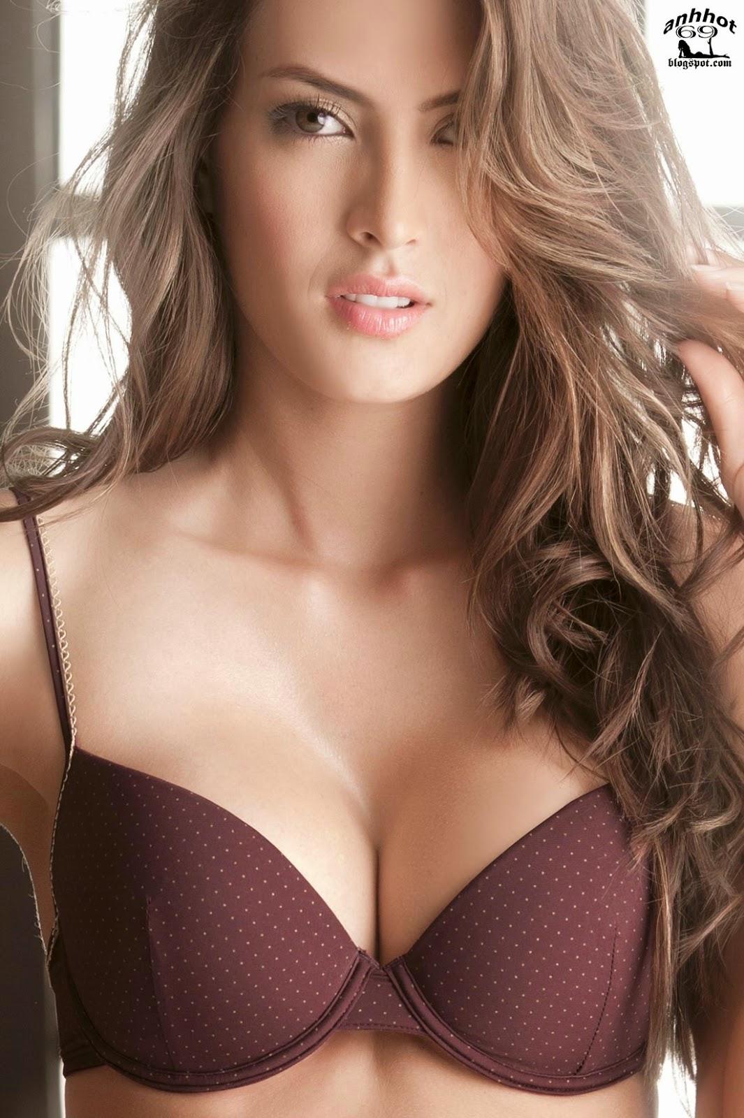Macri_Elena_V_lez_S_nchez_lingerie_55