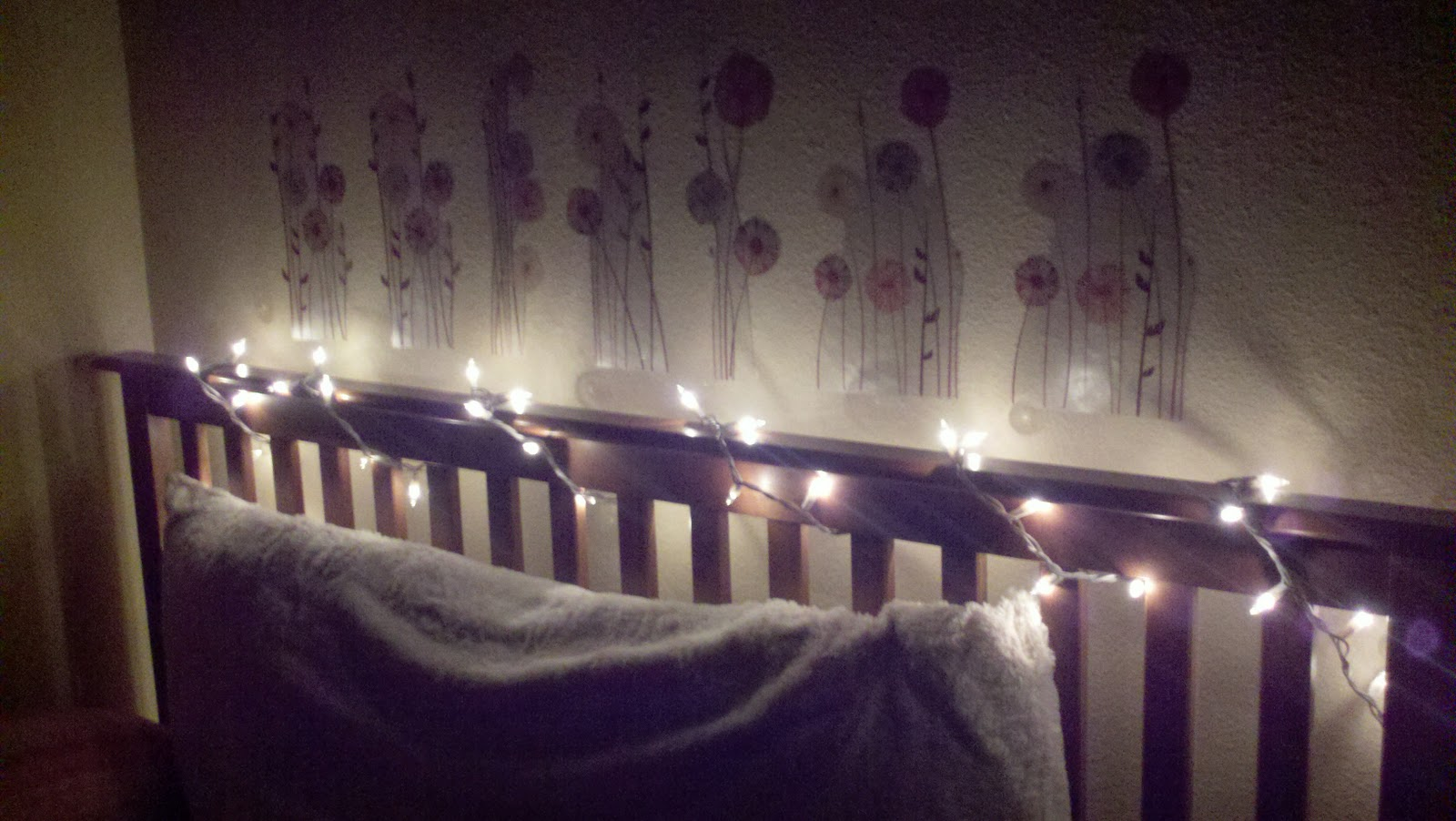 Repurposing ~ Headboard with Christmas Lights - Fern Smith's ...