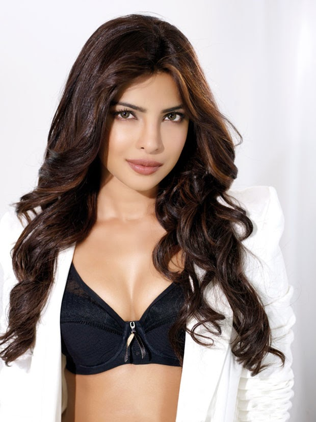 Priyanka Chopra Cleavage Visible Stills