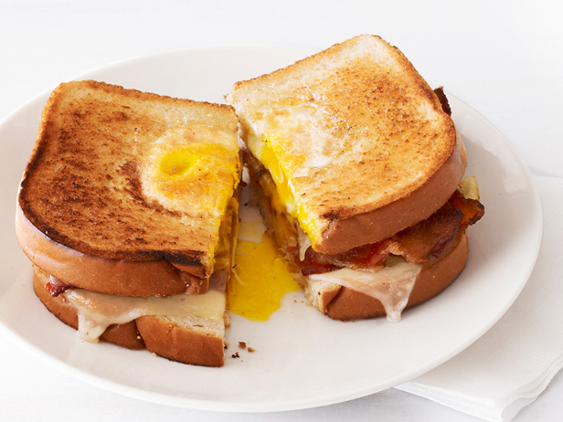 ... Favorite Things: Simply Delicious Bacon & Egg in a Hole Grilled Cheese