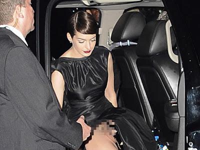 Foto Anne Hathaway Tanpa Celana Dalam
