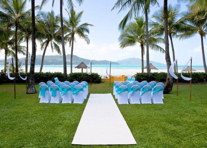Top Tips For Outdoor Weddings
