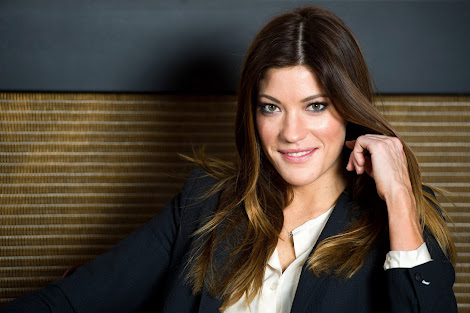 Jennifer Carpenter Follows Geno&#39;s World On Twitter