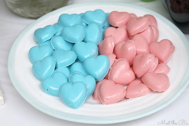 Easy DIY gender reveal party candy