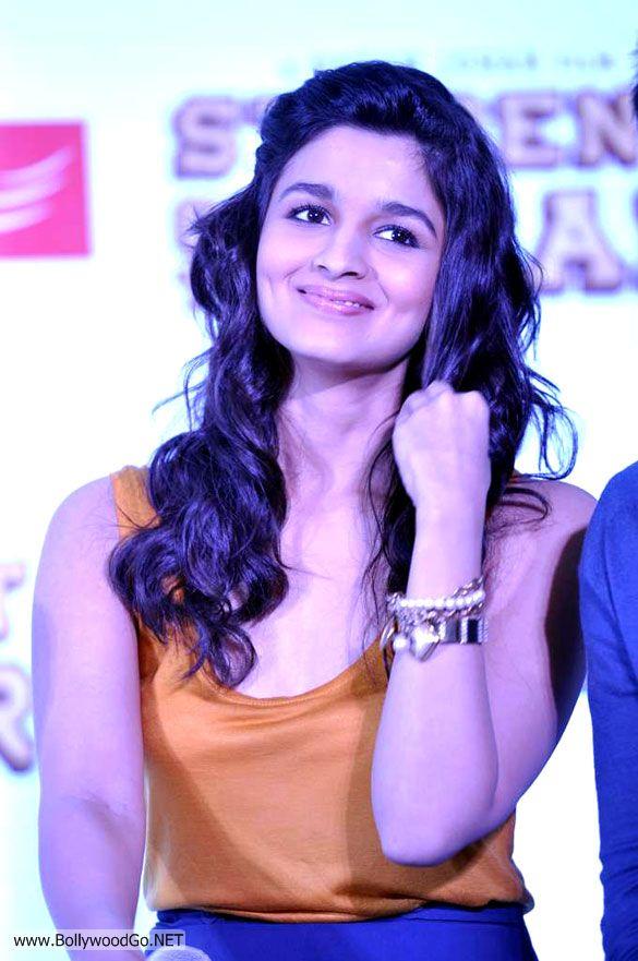 Alia+Bhatt+SOTY+-+BollywoodGo+(1)