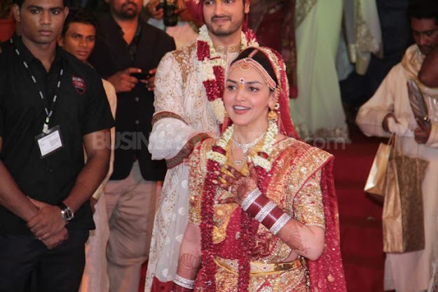 Esha Deol in Red Wedding Dress - (5) - Esha Deol Marriage Pics