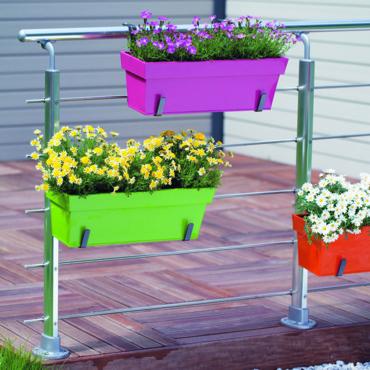 Dise os de jardineras para decorar una terraza o jard n - Jardineras para terrazas ...