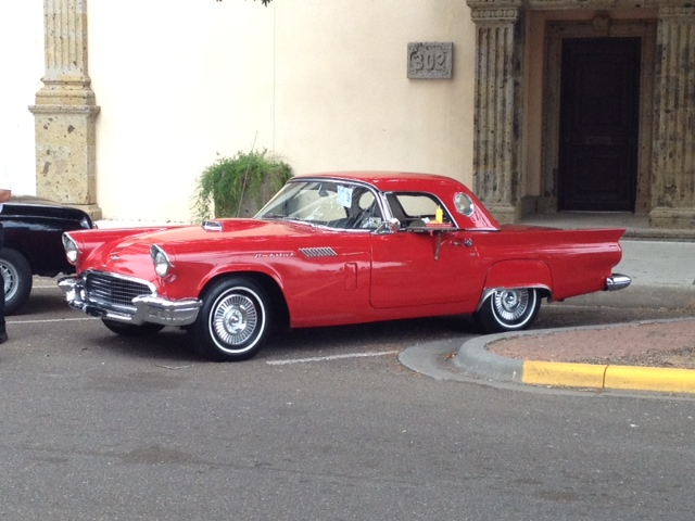 Gary's 1957 Thunderbird