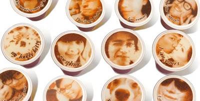 máquina de café que imprime rostros