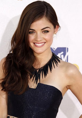 Lucy Hale Black Statement Necklace