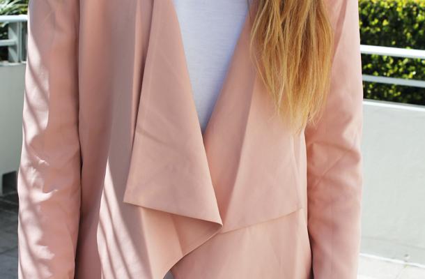 Sweet Monday, Glamorous peach blazer