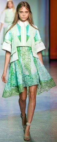 blog.oanasinga.com-personal-blog-things-that-i-like-peter-pilotto-green-lace-dress-spring-2014-collection