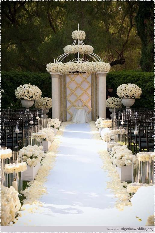 Around the world by diva queen wedding decor outdoor for Decorating for outdoor wedding