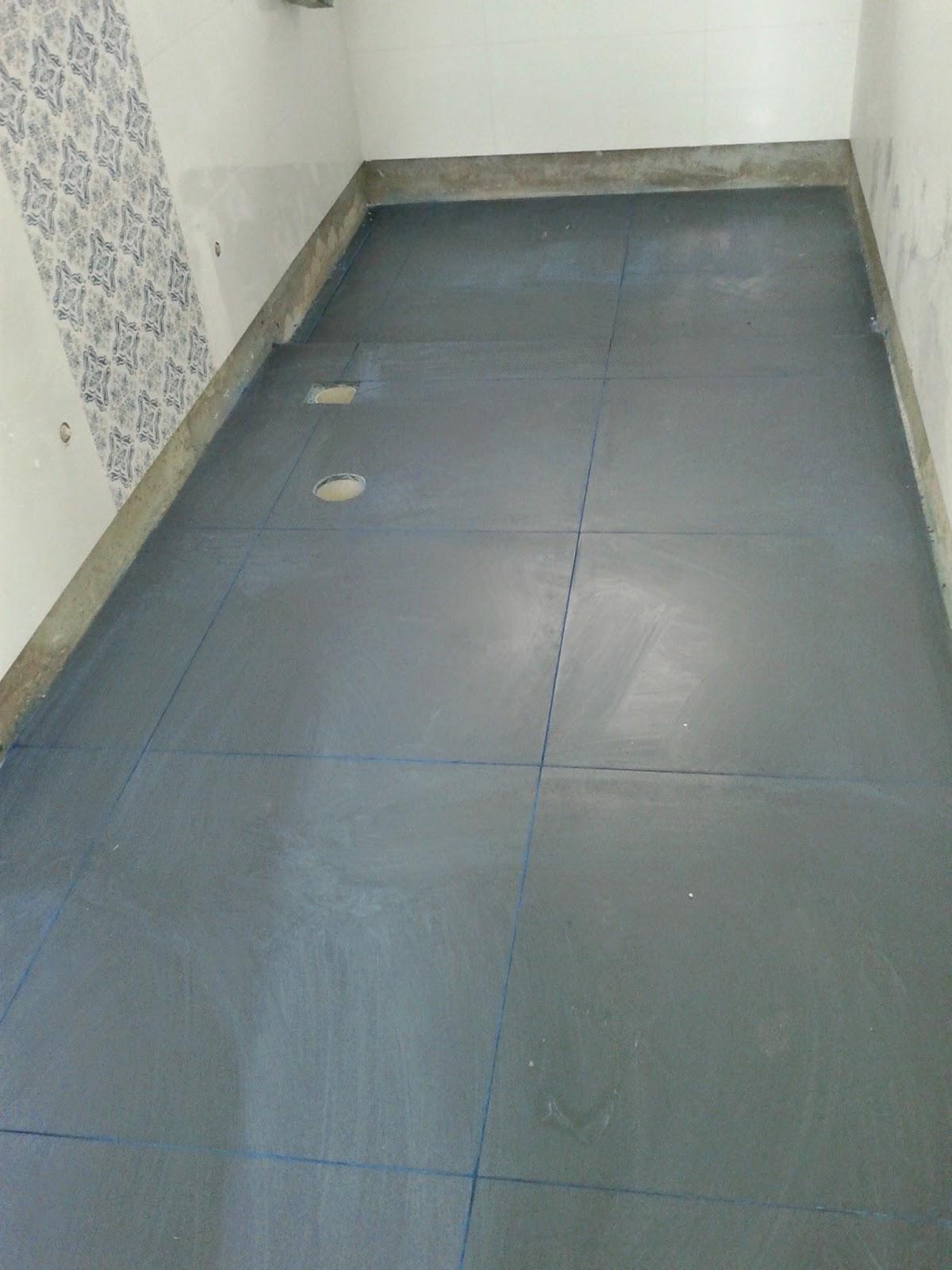 banheiro azul marinho recebendo mais um teste de rejunte não  #606050 1200x1600 Banheiro Azul Marinho