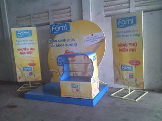 Làm kệ trưng bày,làm booth.sản xuất booth giá rẻ tp hcm