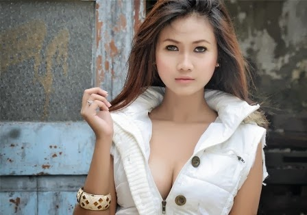 Amalia Anggraini, Model Sexy FaceMagz