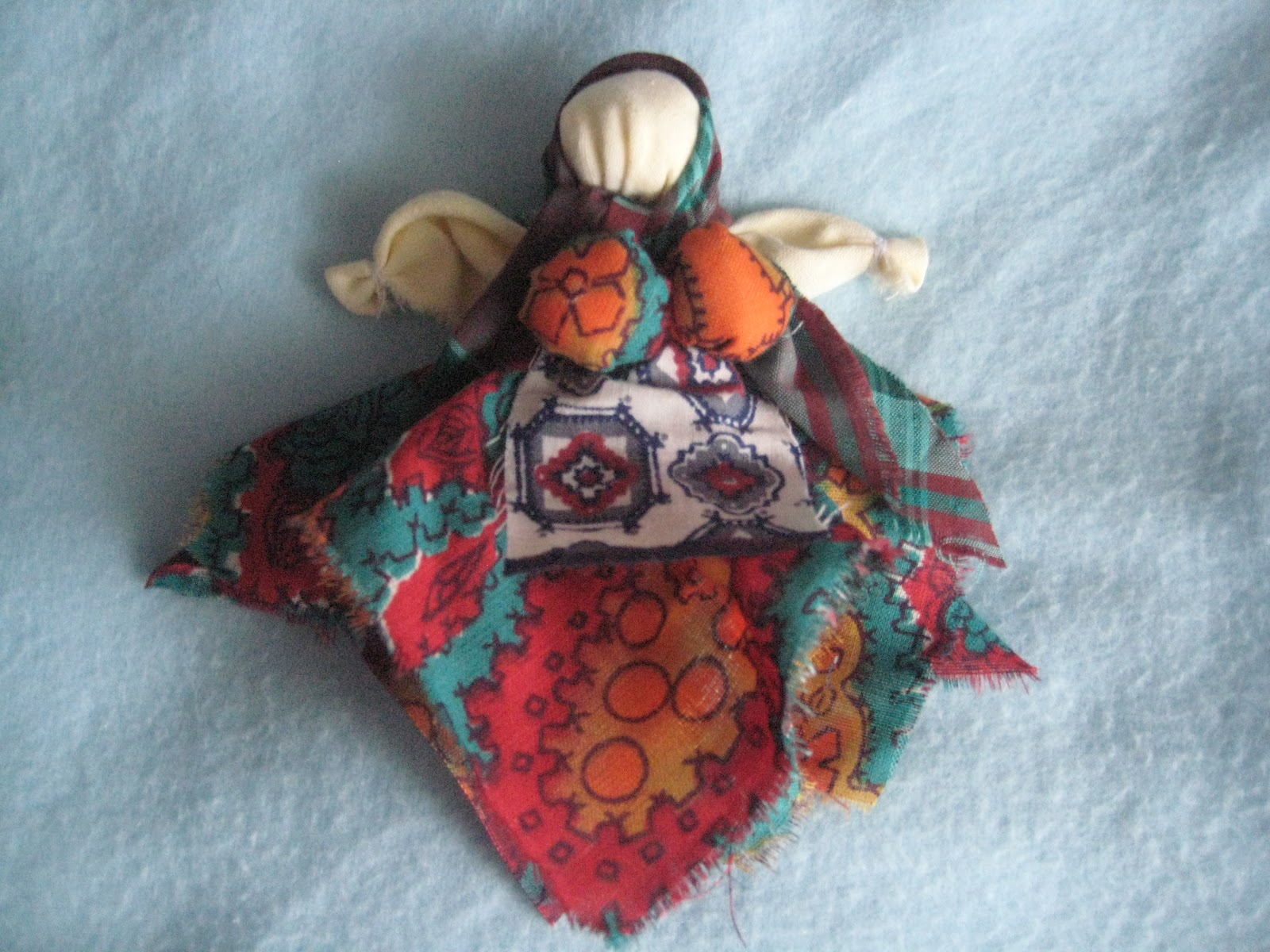 Как сделать тряпичную куклу своими руками: мастер-класс 75