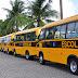Ricardo entrega ônibus escolares em encontro de prefeitos nesta segunda