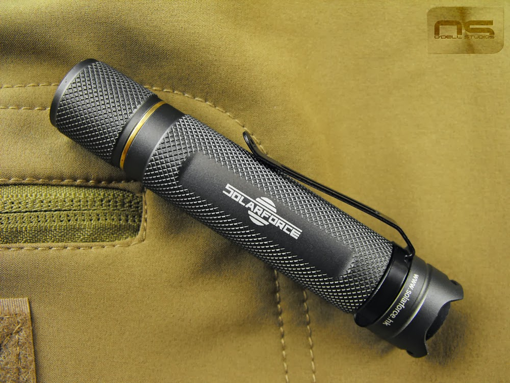 smallest flashlight with pocket clip