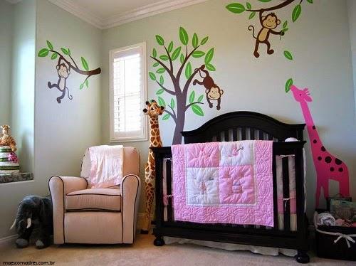 Décoration chambre bébé jungle