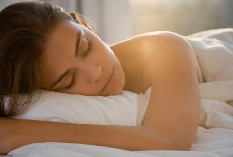 Tidur Tanpa Pakaian Boleh Kuruskan Badan