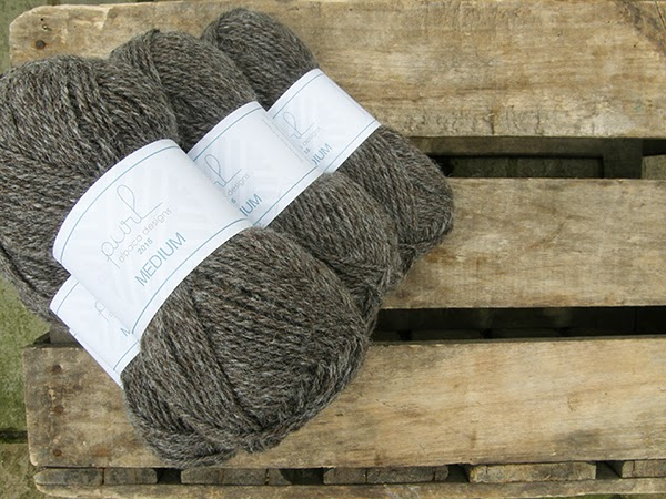 Alpaca Rain (taupe); British made alpaca yarn