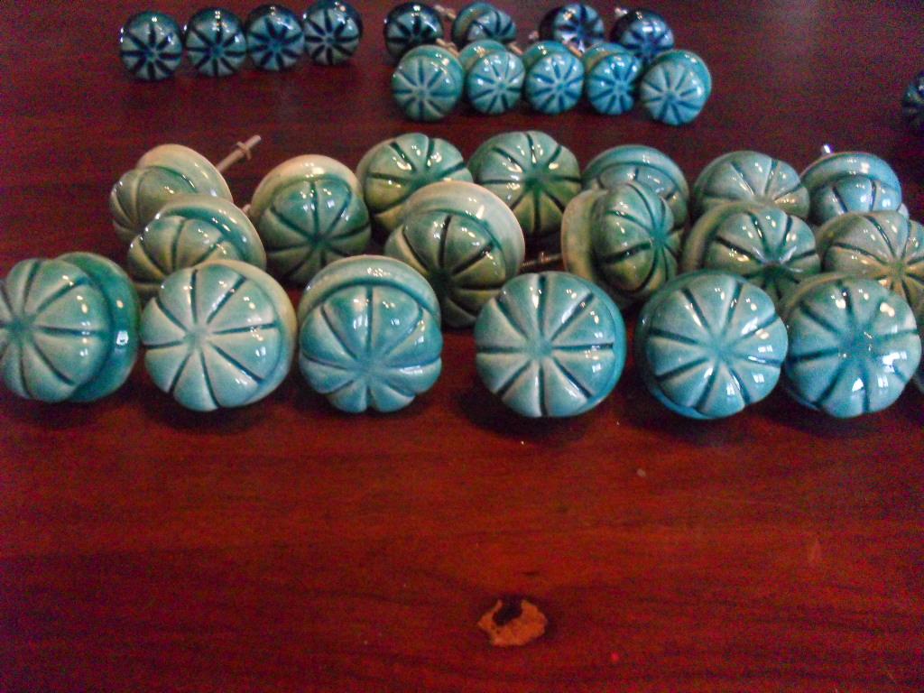 El taller de ceramica y alfareria tiradores de ceramica for Disenos para ceramica
