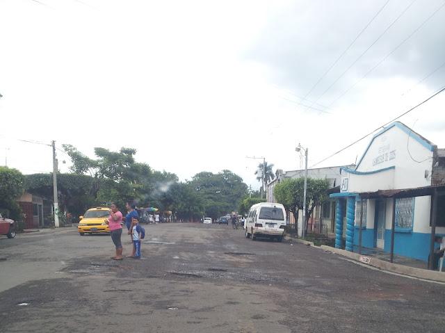 Calle Acaxual y 2 Avenida Sur Sonsonate