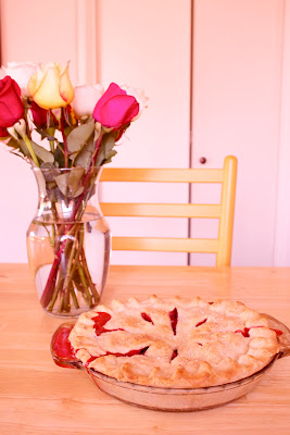 CosmoCookie: Strawberry Rhubarb Pie