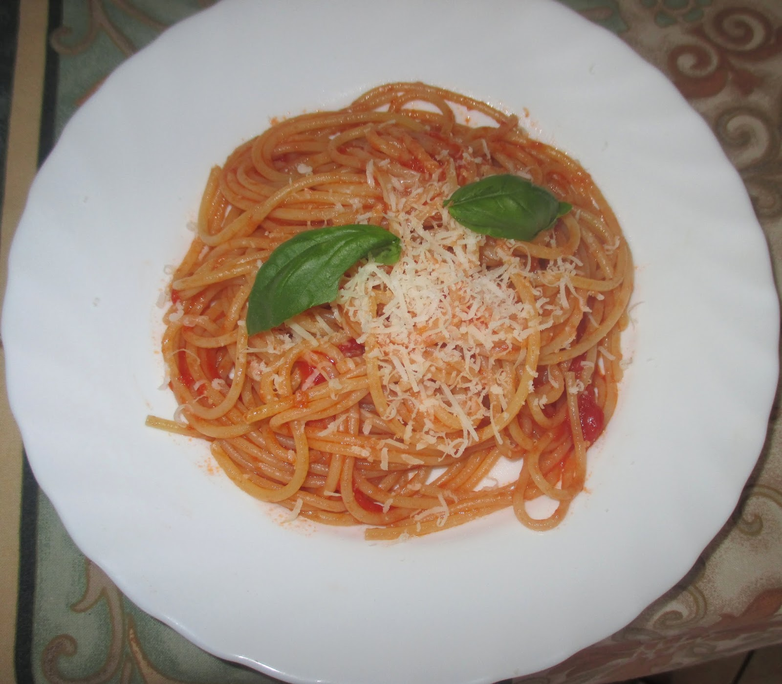 how to make spaghetti sauce with passata