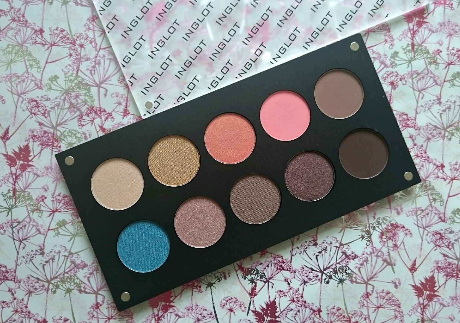 Inglot eyeshadow palette