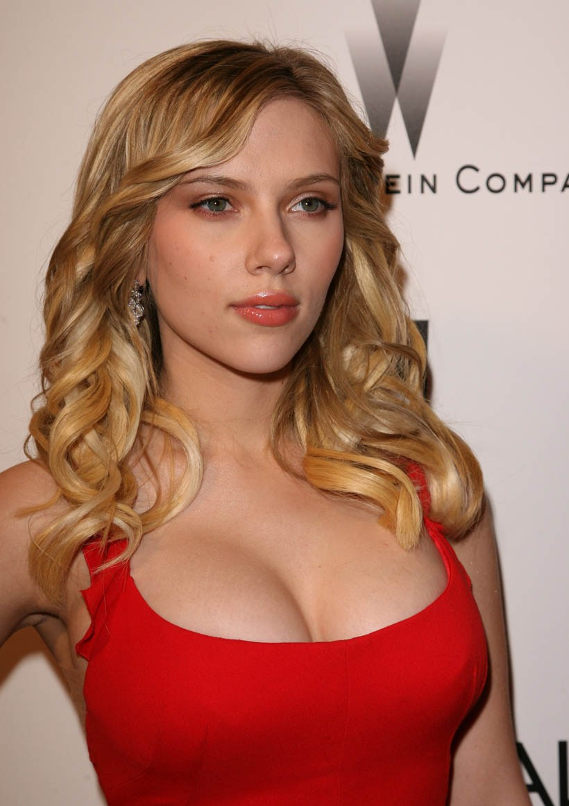 Scarlett Johansson hot gallery 3