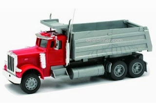 Newray 1:32 Plastic Remote Control Peterbilt 379 Dump Truck with Try Me Sounds