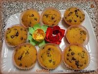 Muffin con farina di riso, mandorle e gocce di cioccolato